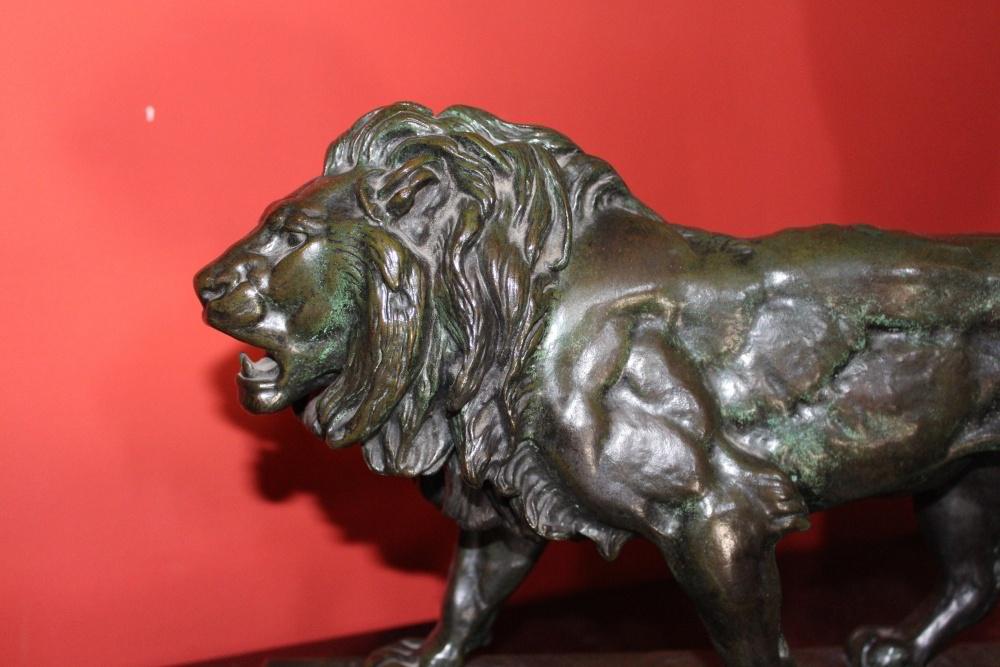 Antoine BARY Bronze Patine Verte XIXme Antiquaire