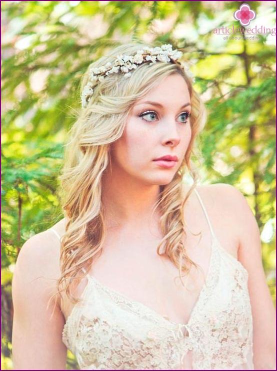 Blumenkranz fr die Braut elegant und romantisch