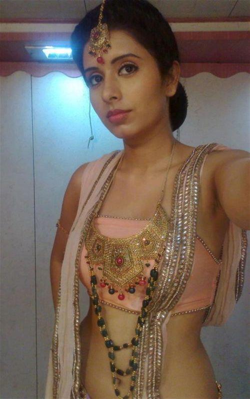 Charu Asopa TV Celebrity Official Contact Website for Booking  artistebookingcom