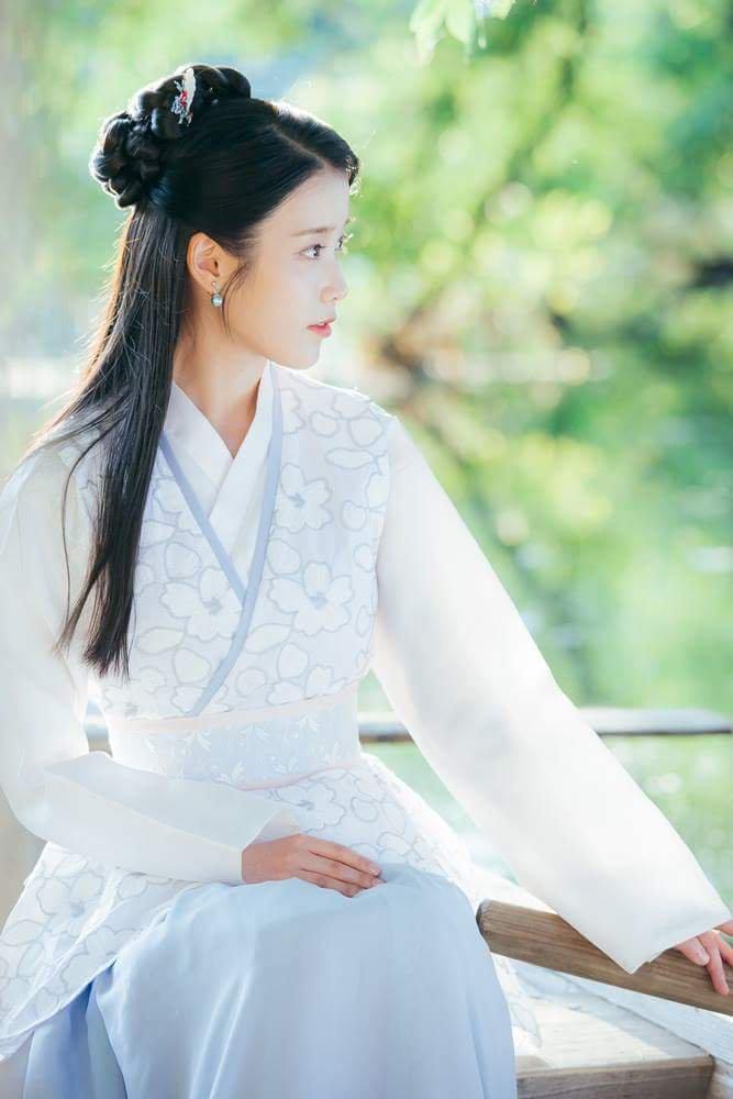 Seohyun Cute Wallpaper Iu Image 125411 Asiachan Kpop Image Board