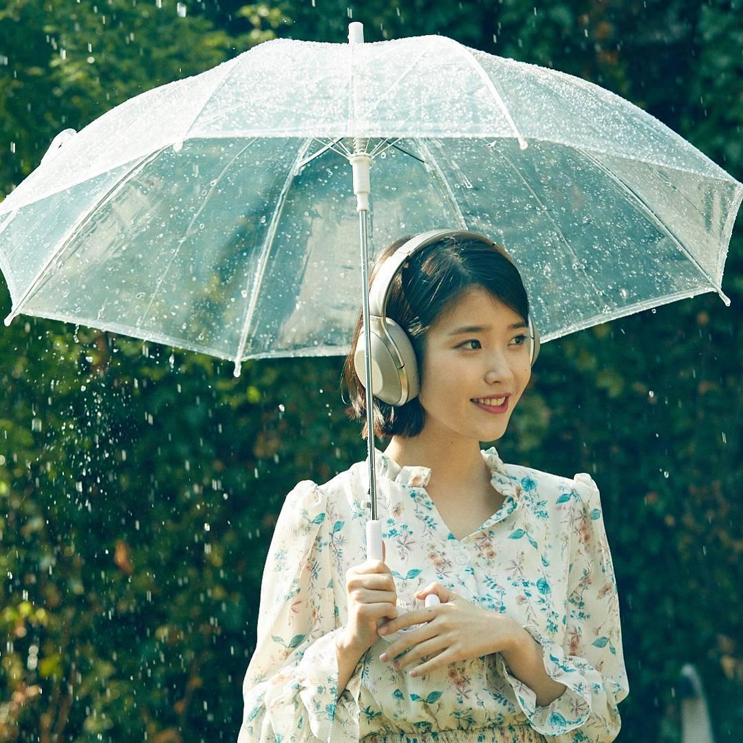 View Girl Wallpaper Rain Water Asiachan Kpop Image Board