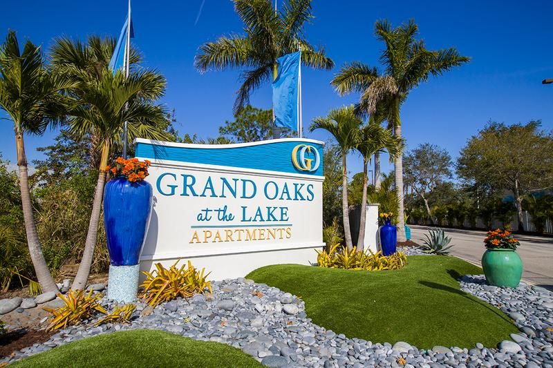 Apartment Photos  Videos  Grand Oaks at the Lake in