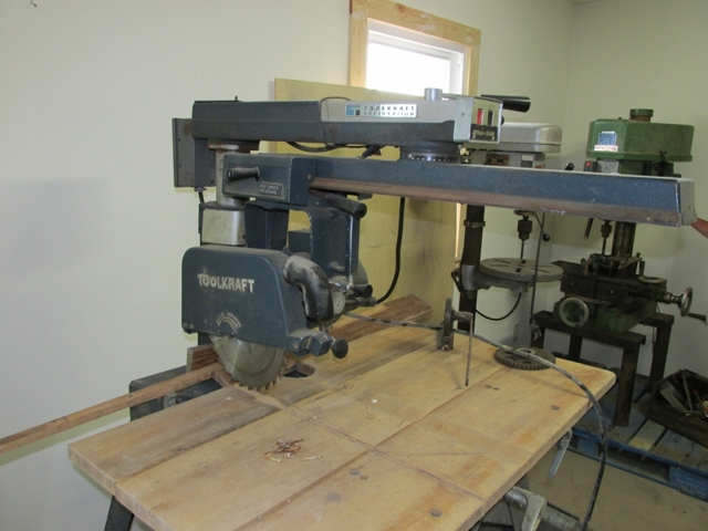 Toolkraft Radial Arm Saw
