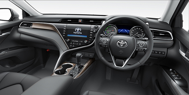 all new toyota camry thailand kijang innova g 2017 2018 thai prices and specs bangkok post auto more driver assist technologies have been introduced into the such as pre collision system automatic cruise control lane departure warning