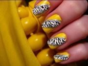 animal print nail art trend