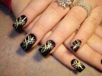 Simple Dark Nail Art Ideas
