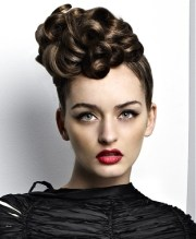 modern curly hairstyles