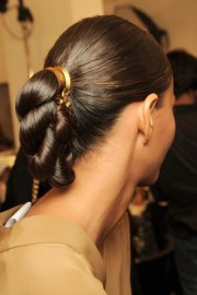 trendy ways wear hair