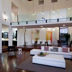 Sofa Furniture For Sale In The Philippines Italy Modern Leather Rihanna's Home Beverly Hills, California.