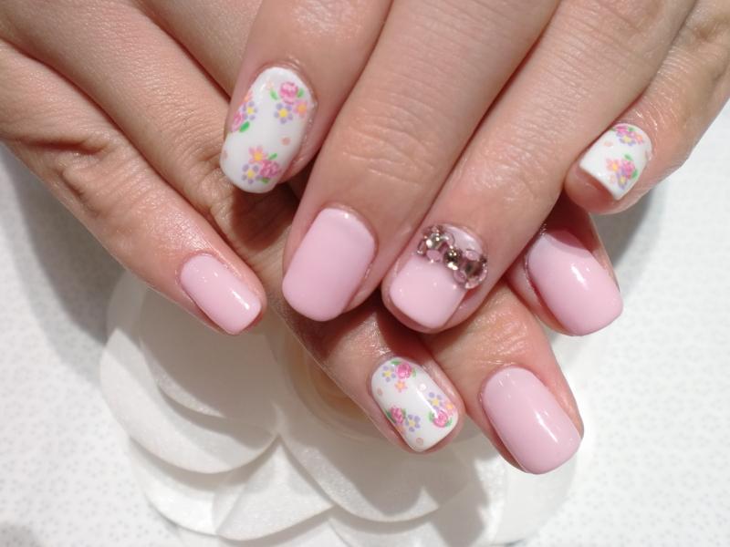 Stylish Nail Art Lovely French Manicure