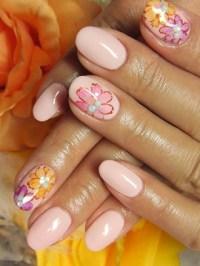 Super-Cute Nail Art Ideas 2012.