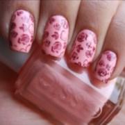 trendy simple nail art design