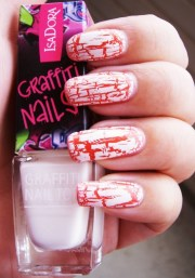 crackle nail art trend