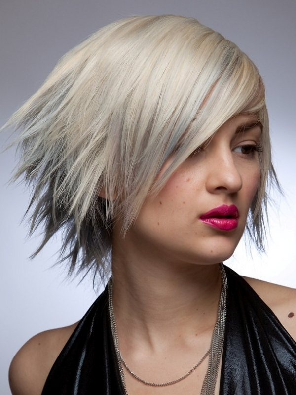 Trendy Short to Midlength Haircuts