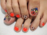 crafty pedicure nail art design