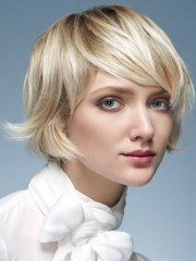 face framing medium hairstyle ideas