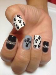 flirty fall nail art design