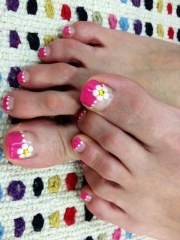 pretty pedicure nail art design