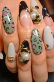glam chic fall nail art design