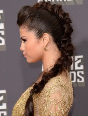 selena gomez hair style evolution