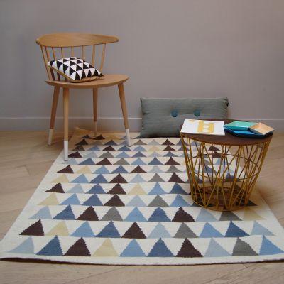 tapis garcon kilim bleu triangles 140 x 200 cm