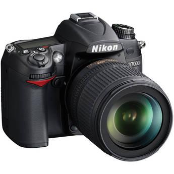 Nikon D7000 SLR camera kit