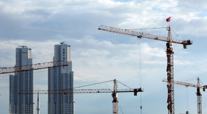 AKP'ye 'sürpriz' tepki: Müteahhitler de ekonomiye isyan etmeye başladı