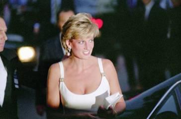 Lady Diana chi era, dove e quando è nata, la morte, Il principe Carlo, Dodi Al-Fayed, l'amante James Hewitt, film e serie tv