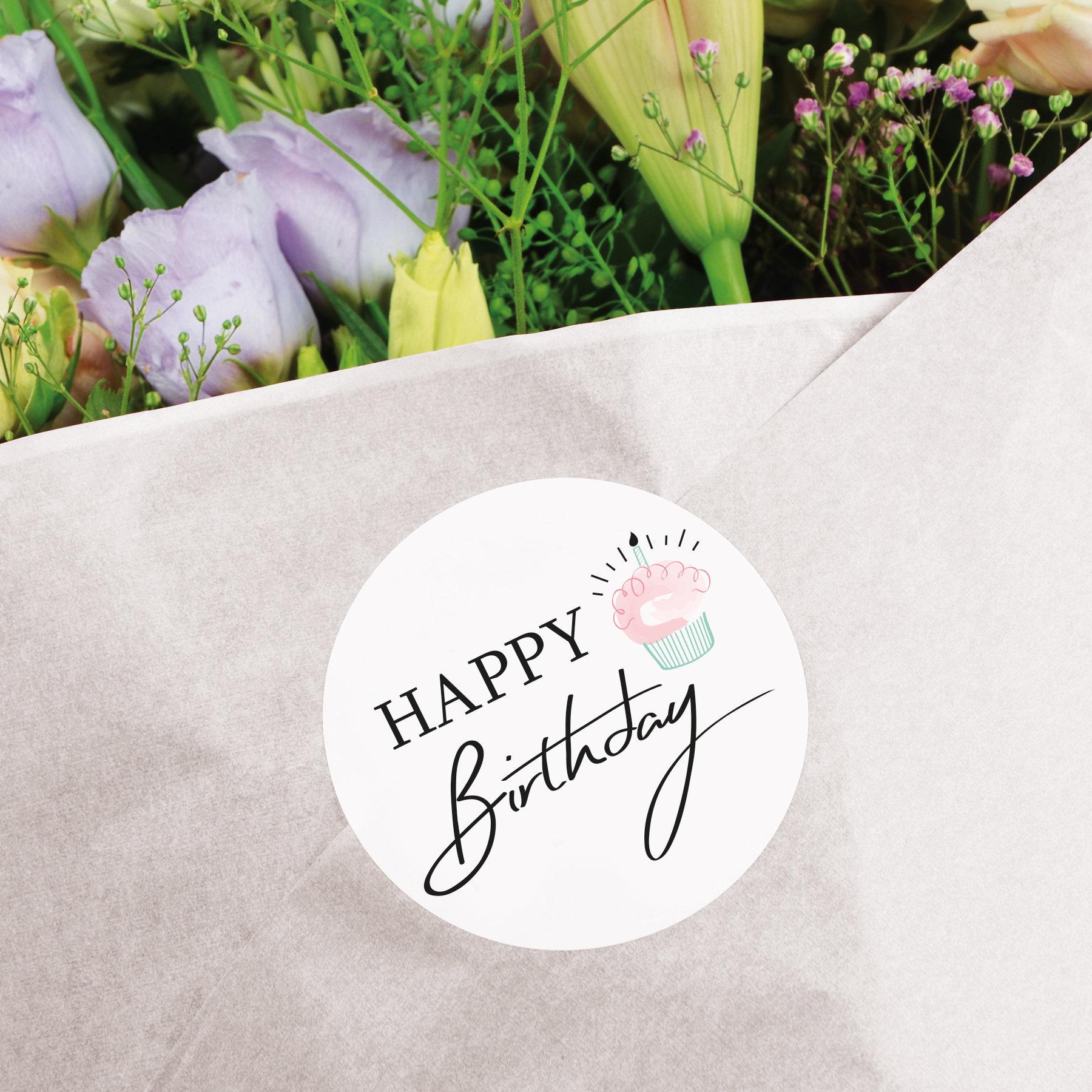 Seidenpapier silber mit Happy BirthdayAufkleber