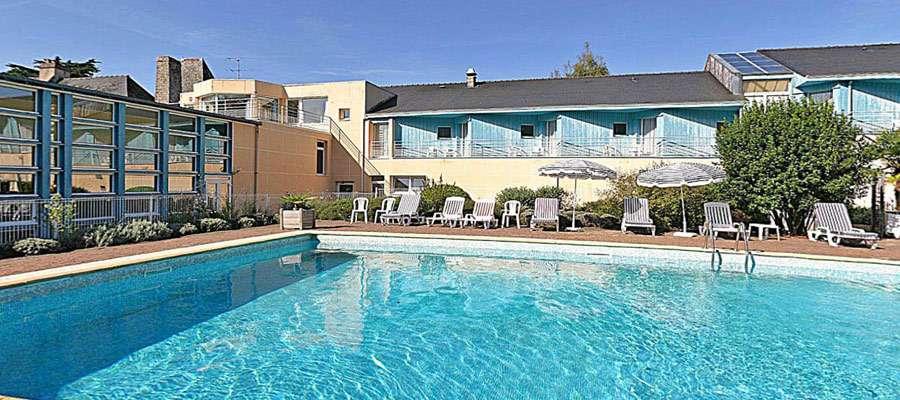 Hostellerie Abbatiale 3 Le Bono France