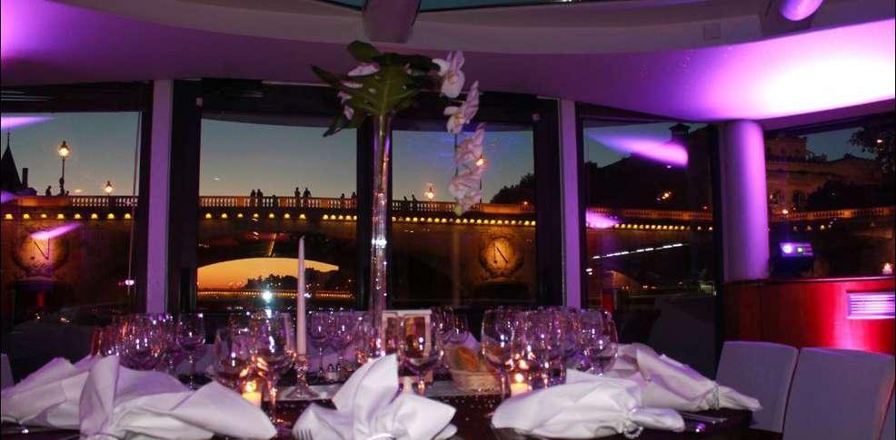 VIP Paris Yacht Hotel Paris France