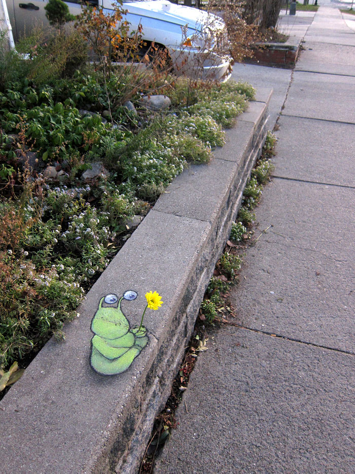 street-art-interacts-with-nature-23
