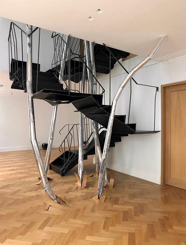 22 Beautiful Stairs That Will Make Climbing To The Second Floor | Outdoor Stairs To Second Floor | Rooftop Deck | Second Level | 2 Tier | Narrow | High Deck