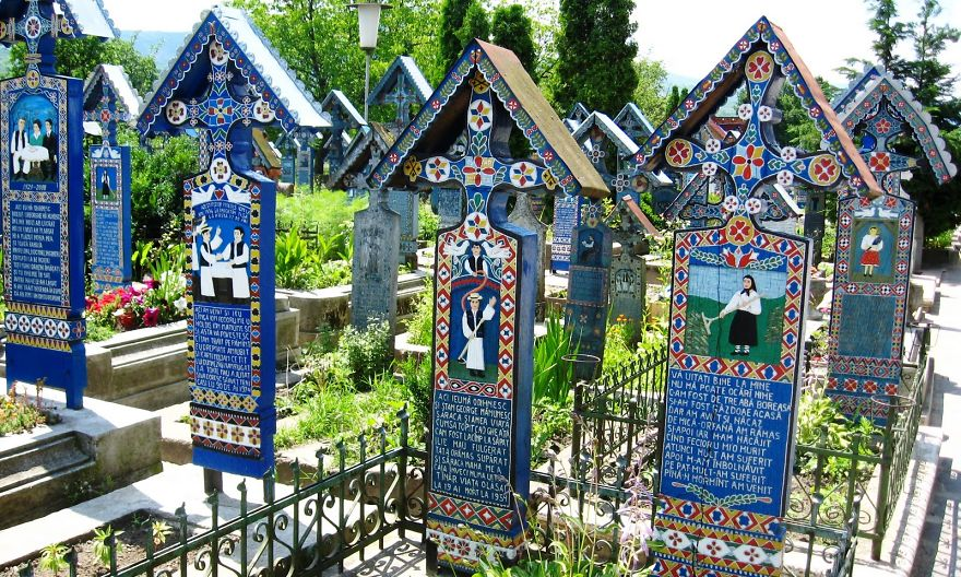 The Merry Cemetery, Maramures
