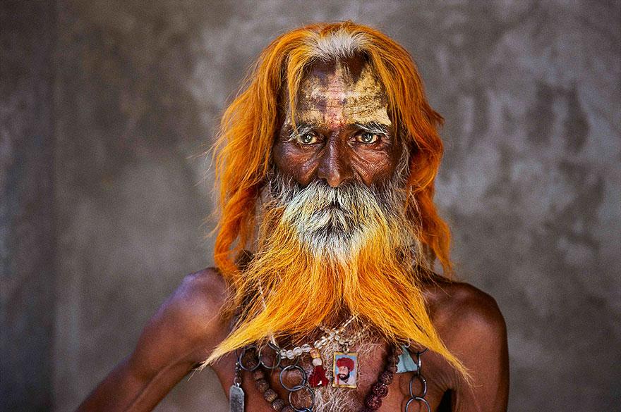 Oltre-lo-sguardo-πορτρέτο-φωτογραφία-steve-McCurry-13