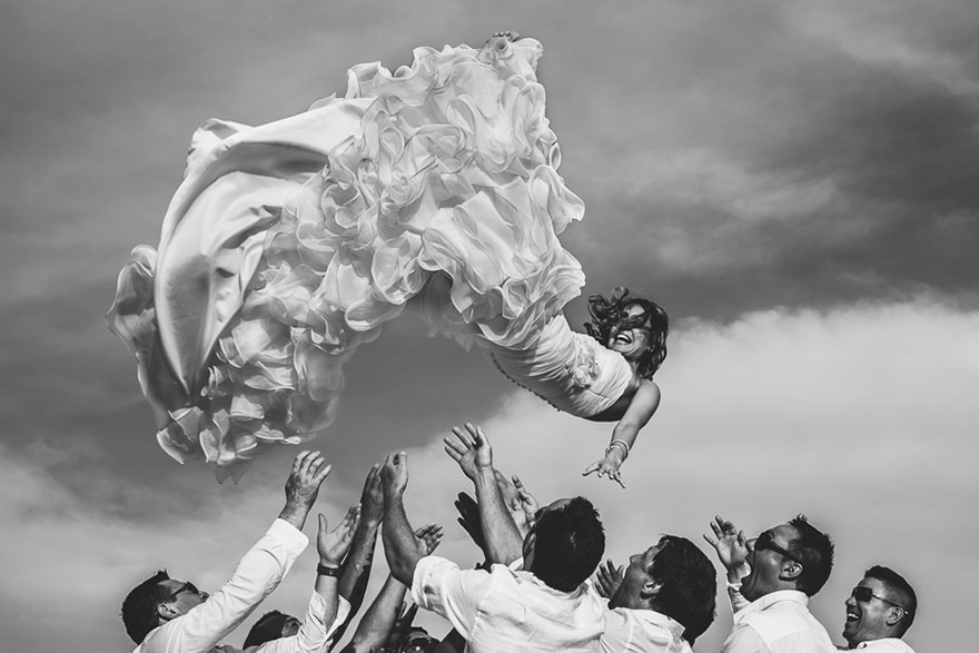 25 Of The Best AwardWinning Wedding Photos Taken In 2014