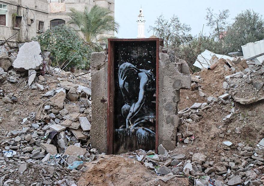 israel-palestine-conflict-gaza-strip-street-art-banksy-4