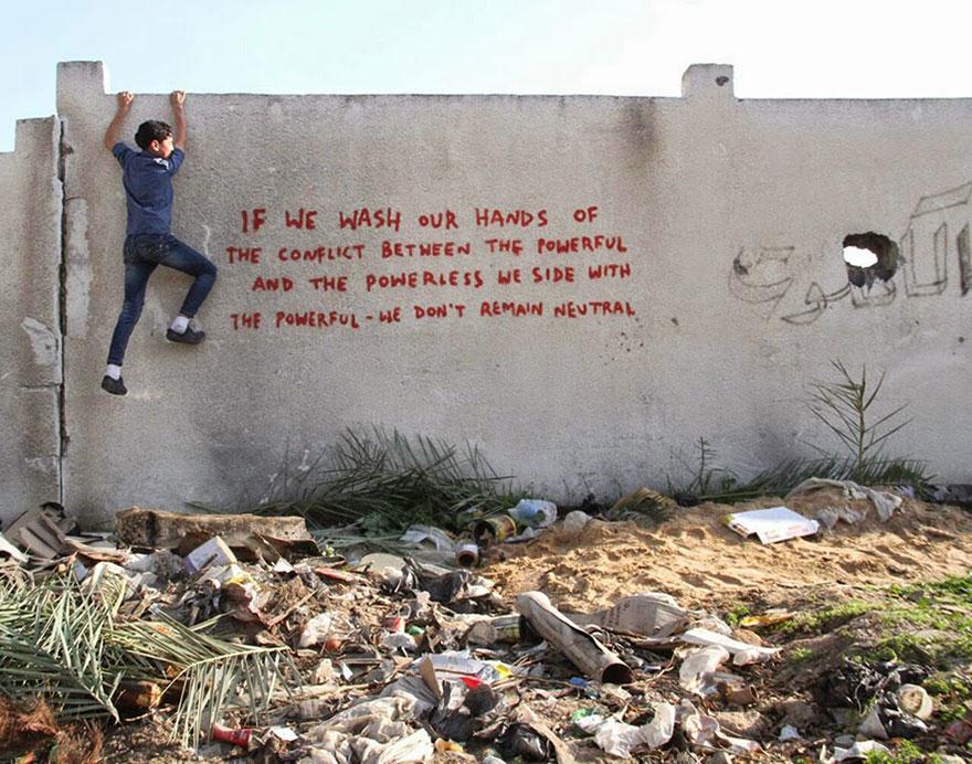 israel-palestine-conflict-gaza-strip-street-art-banksy-7