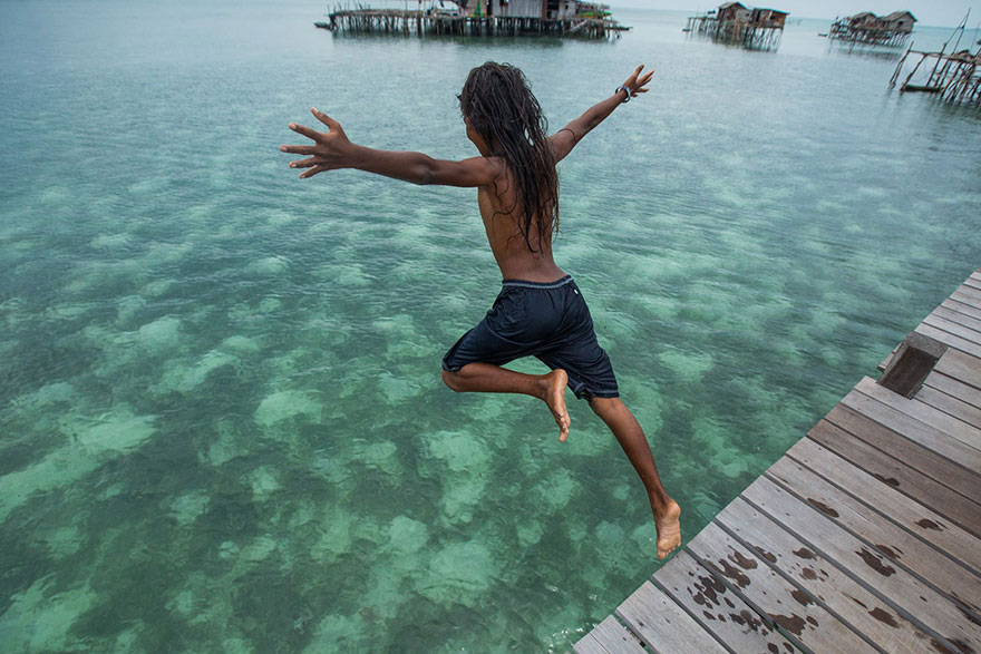 sea-tribe-gipsies-the-bajaus-rehan-borneo-13