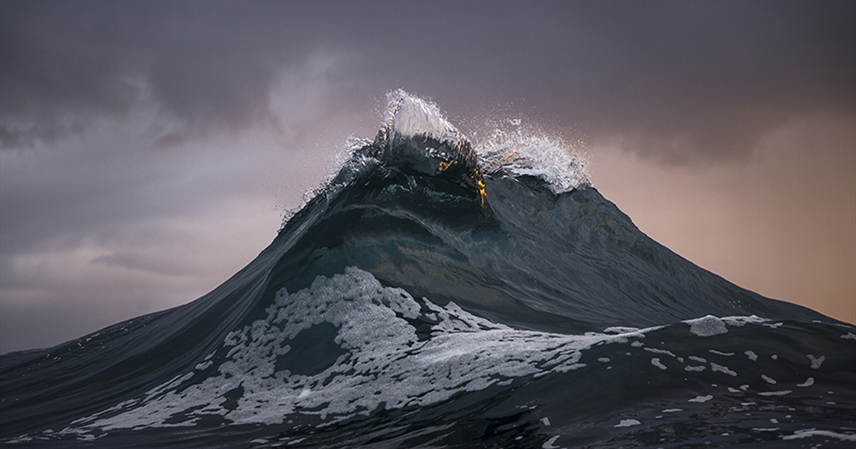Active Wallpaper Iphone X Mountains Of The Sea Photographer Freezes Waves To Make