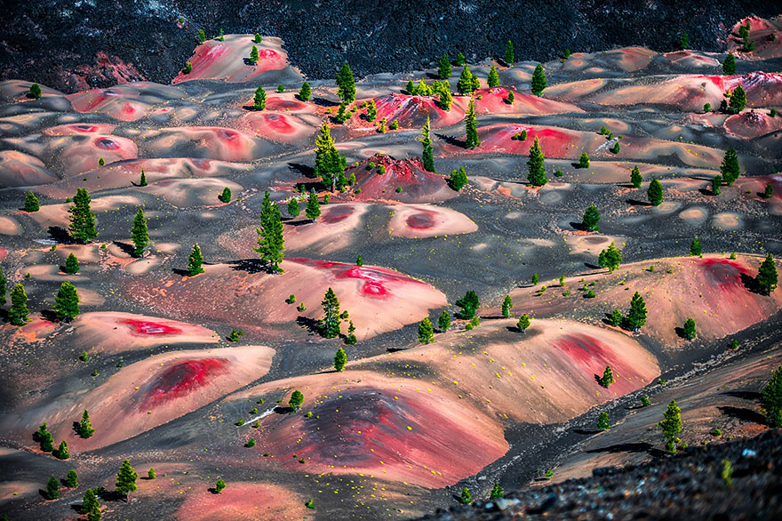 30+ Unbelievable Places That Look Like They're From Another Planet Alien-places-look-like-other-worlds-33__880