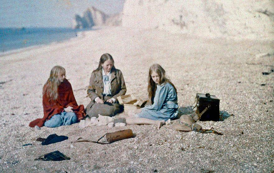 early-cor-photography-1913-christina red-Marvyn ogorman-2