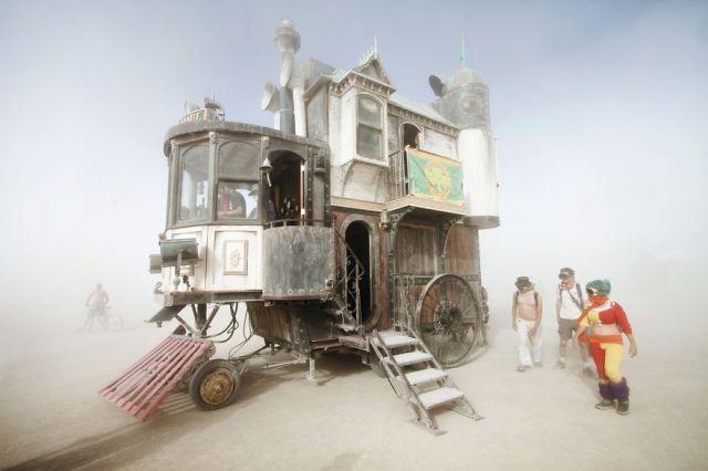 Neverwas Haul Victorian Home On Wheels