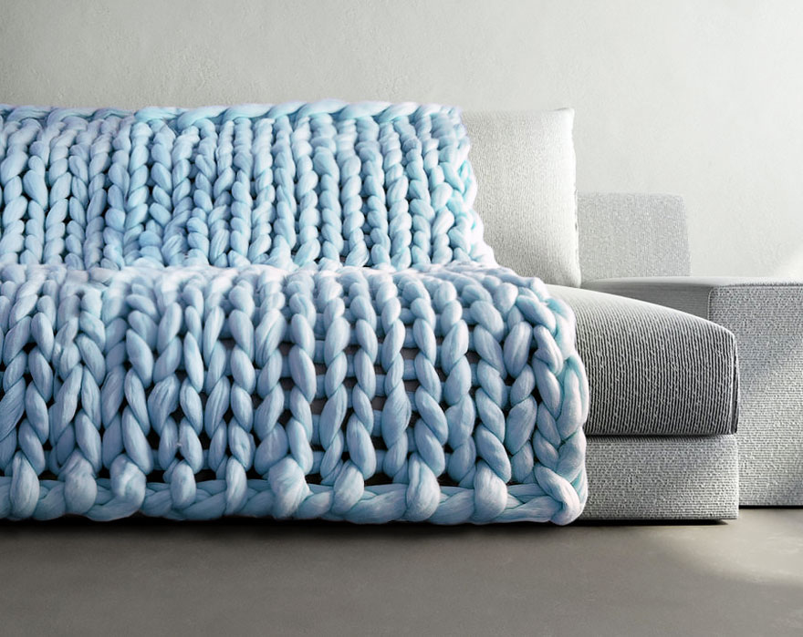 giant-super-chunky-wool-knitwear-blankets-anna-mo-6