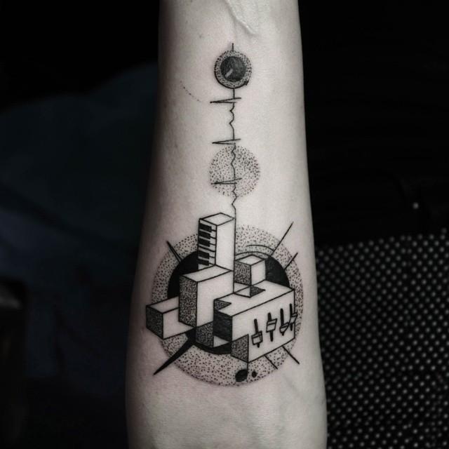 minimalist-geometric-tattoos-line-dot-okan-uckun-30