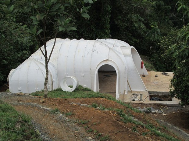 Hobbit Homes Under Construction Installation Single Unit House Ecofriendly Green Houses