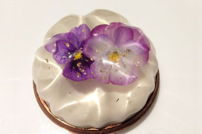 Flower Desserts From Japan Are Too Pretty To Eat