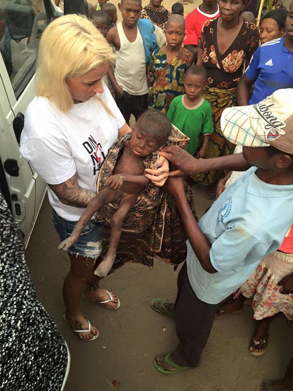 nigerian-morire di fame-sete-boy-speranza-salvato-anja-Ringgren-loven-21