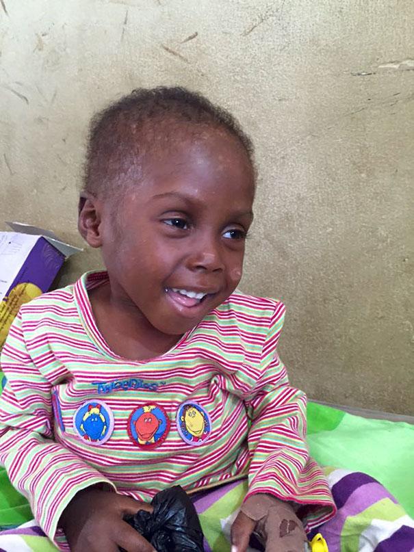 nigerian-starving-thirsty-boy-hope-rescued-anja-ringgren-loven-30