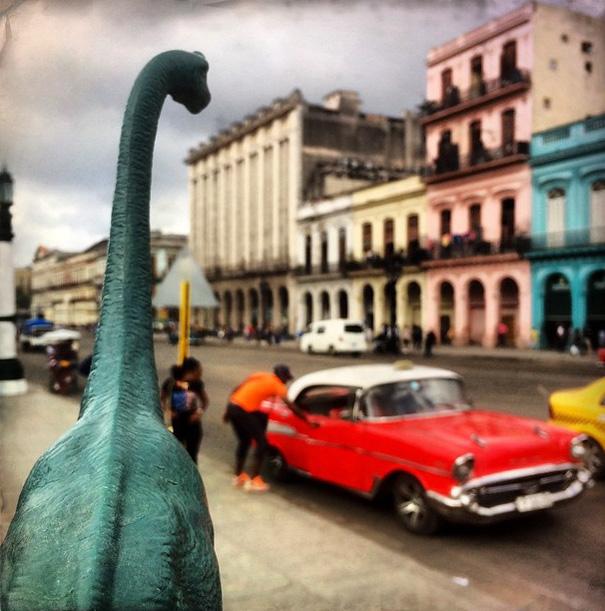 travel-photography-dinosaur-toys-dinodinaseries-jorge-saenz-158